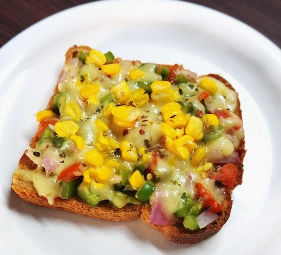 Whole Wheat Cheese Corn Veggie Toast recipe
