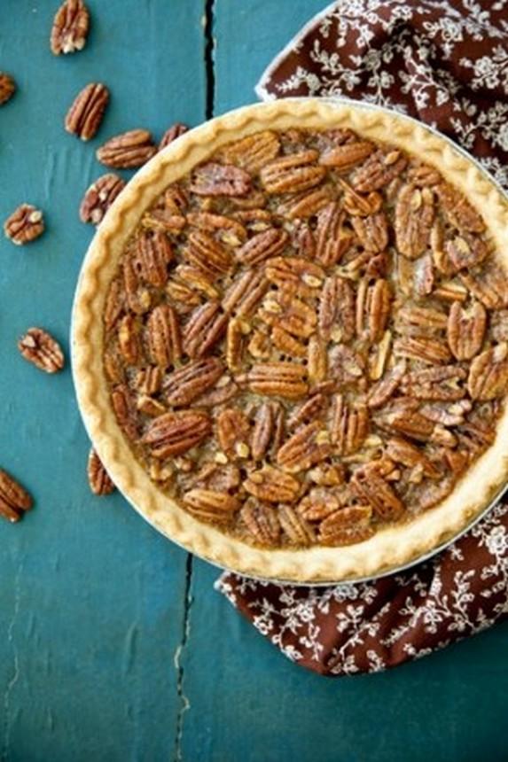 Paula Deen Pecan Pie by Food Fanatic