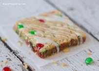 Christmas M&M Cookie Bars by I Heart Naptime