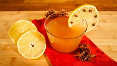 Spiced Apple Punch for Christmas from Ligia's Kitchen