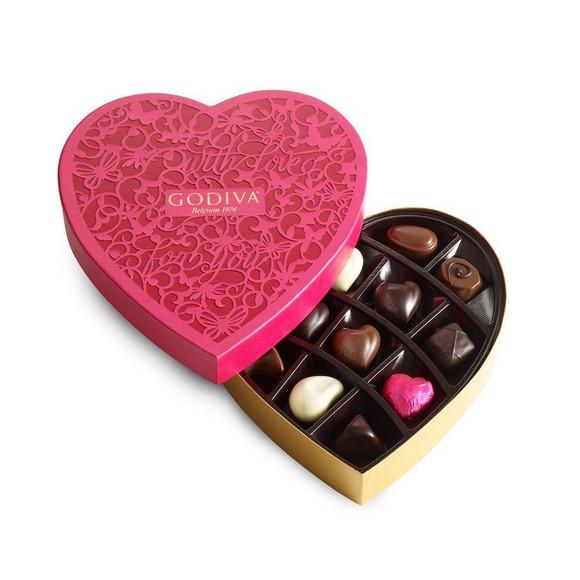 Godiva Chocolatier Valentine's Day Chocolate Heart Box, 15 Count