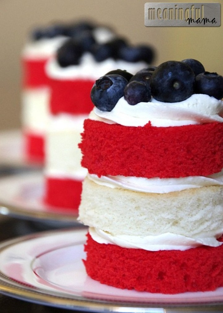 Fourth of July Mini Cakes