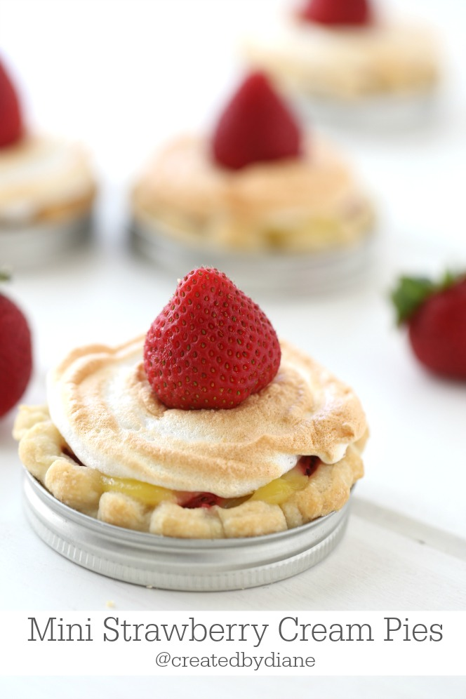 http://www.createdby-diane.com/2015/07/mini-strawberry-pies.html