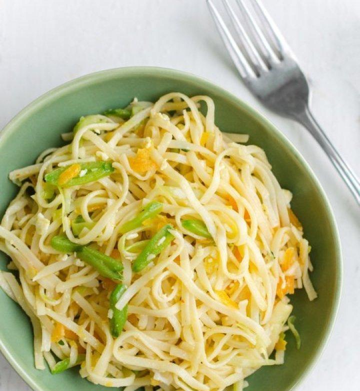 Vegetarian Indo-Chinese Hakka Noodles