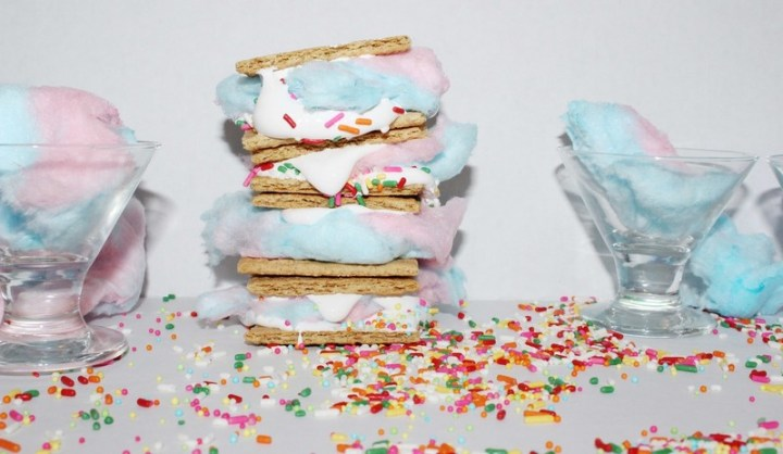 Cotton Candy S'mores Recipe