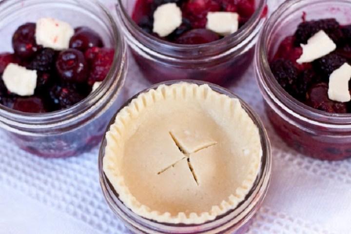 Mini Pies in a Mason Jar recipe
