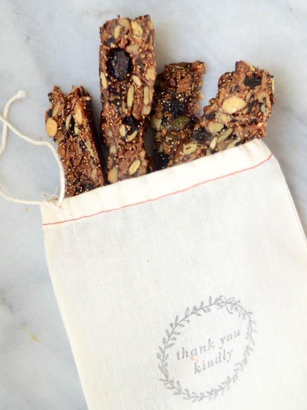 http://camillestyles.com/tuesday-tastings/tuesday-tastings-nutty-vegan-granola-bars/