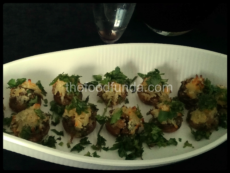 Stuffed mushrooms recipe |How to make cheesy baked mushrooms