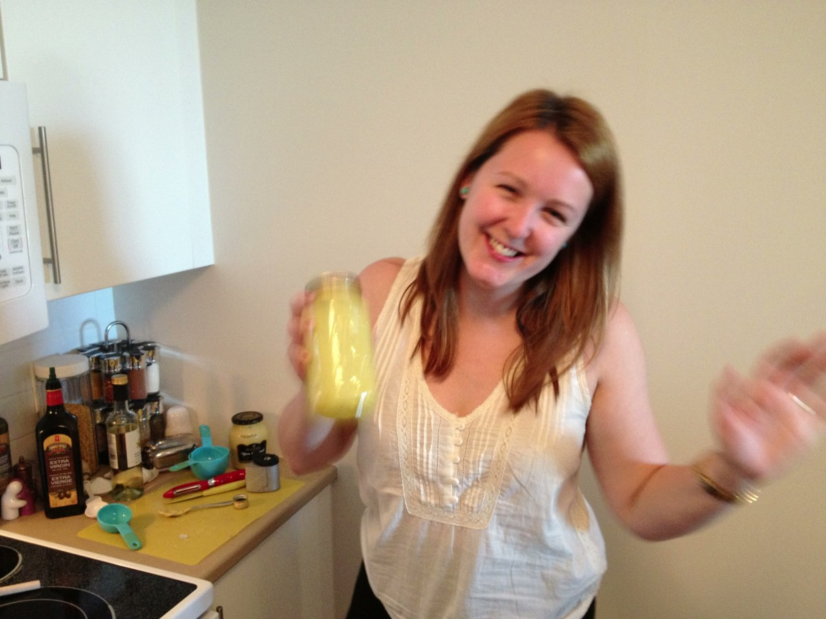 Happy as a clam making dressing in my new kitchen!!