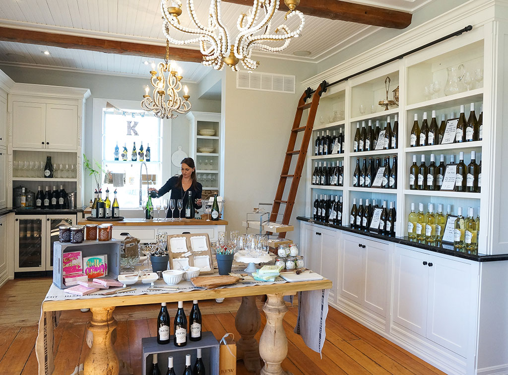 Kew vineyards tasting room