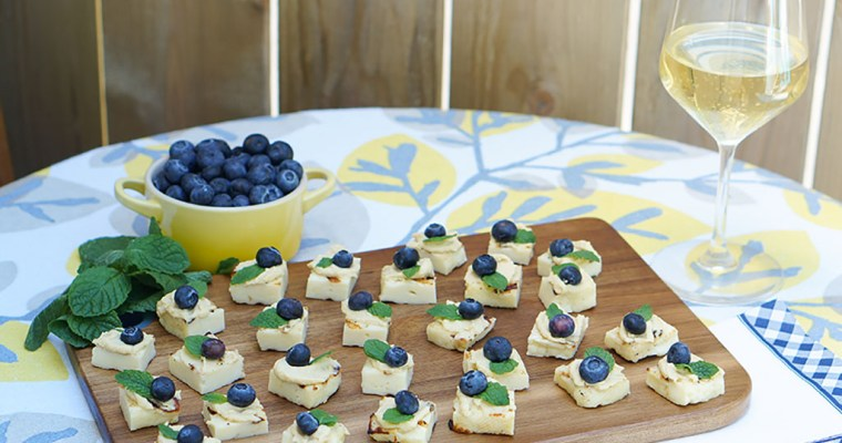 Recipe: Halloumi Hummus Bites with Blueberry and Mint