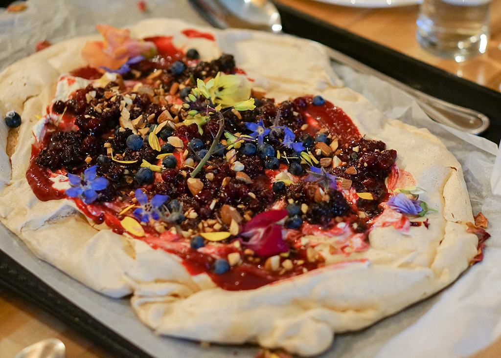 Well and Good Dinners.Pavlova.TheFoodGirlinTown