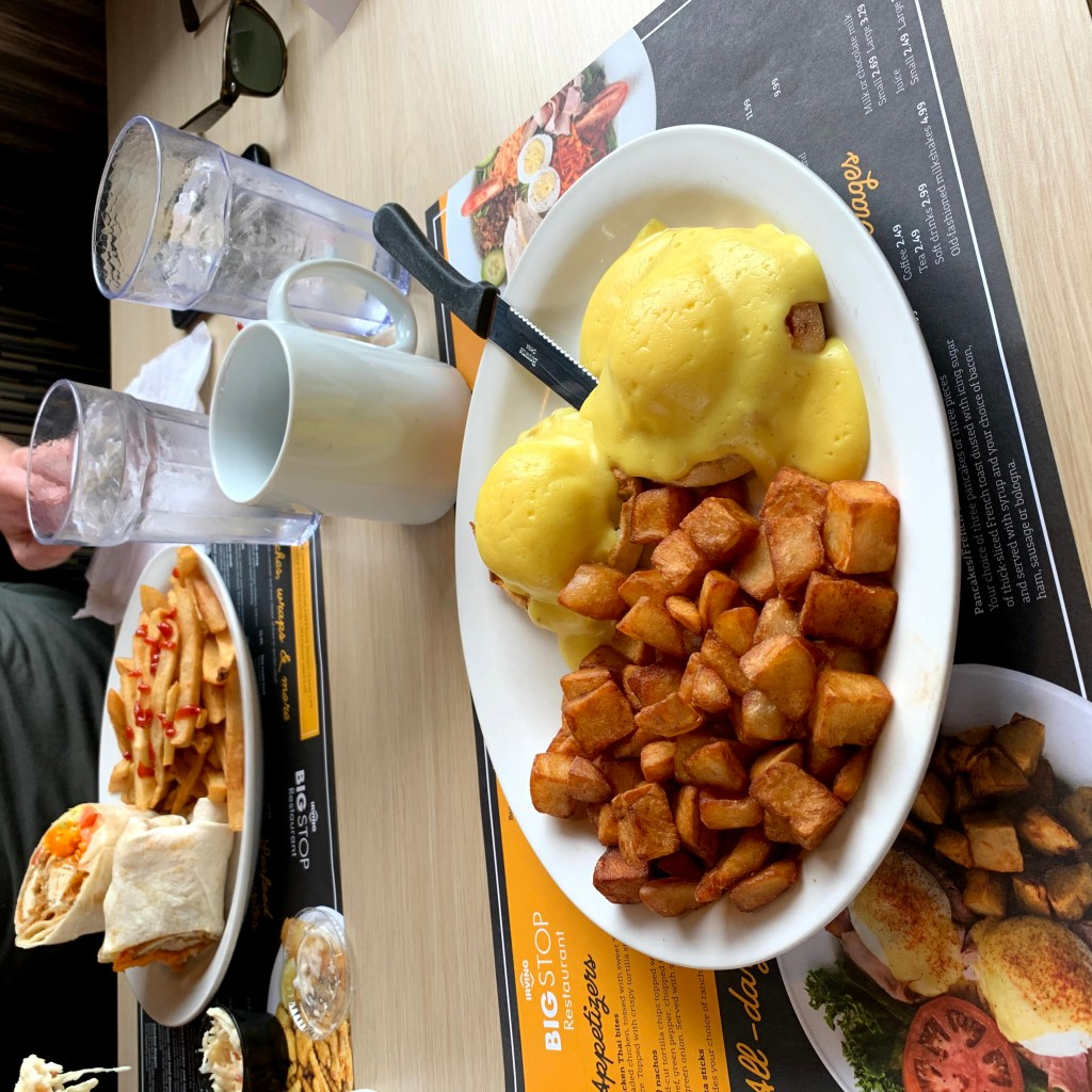 Newfoundland Restaurants: Irving Eggs Benedict on a table