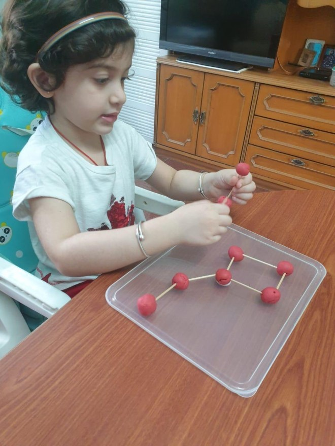 play learning play dough