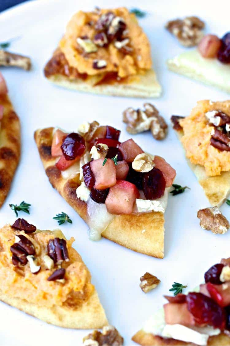 Holiday Naan Crostini | @foodiephysician