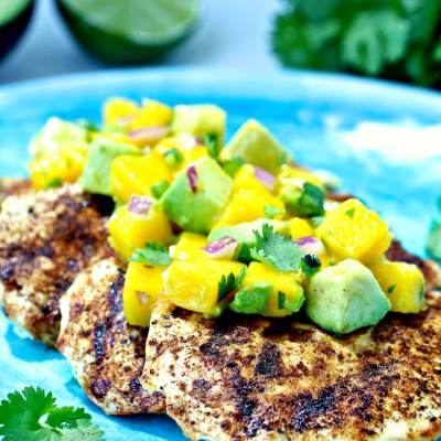 Grilled Spiced Chicken with Mango Avocado Salsa | @foodiephysician