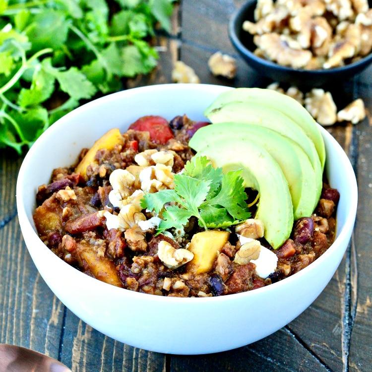 Pumpkin Walnut Chili | @foodiephysician