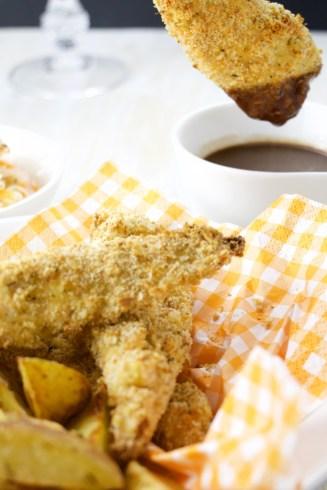 Chicken fingers St-Hubert style