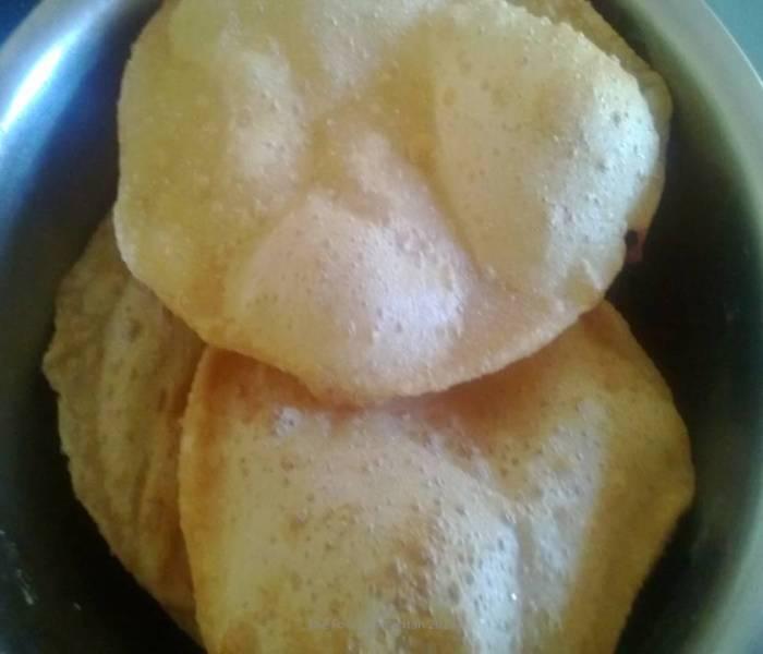 Puri/Poori/Fried Indian Bread