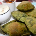 Palak Masala Poori(Indian fried bread with Spinach)