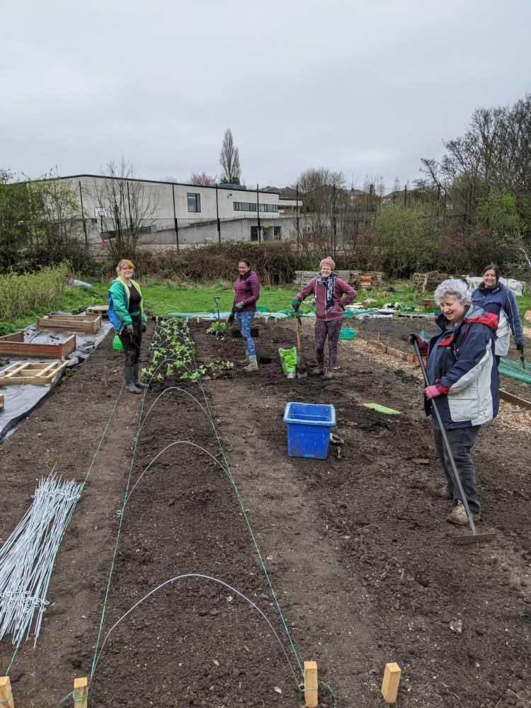 thursday volunteers, food works farm, april 2021