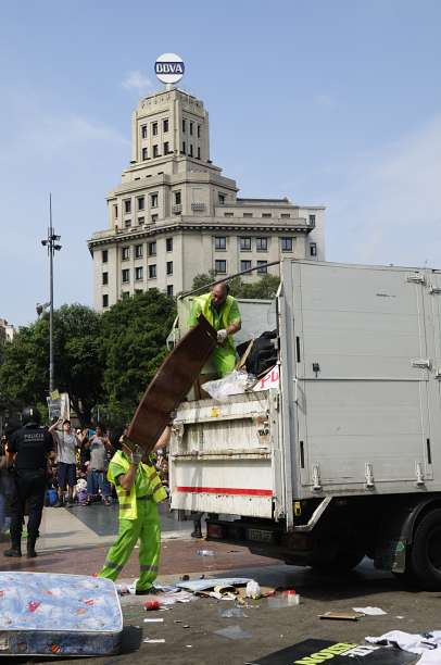 Desalojo de #acampadabcn esta mañana