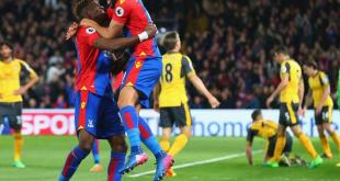 Andros Townsend celebrates as Crystal Palace beat Arsenal 3-0 in the Premier League