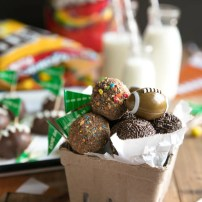 Peanut Butter Snickers and M&M's Candy Truffles (+Video)
