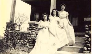 Marge, Margie, Carmen, Merce, steps, white dresses