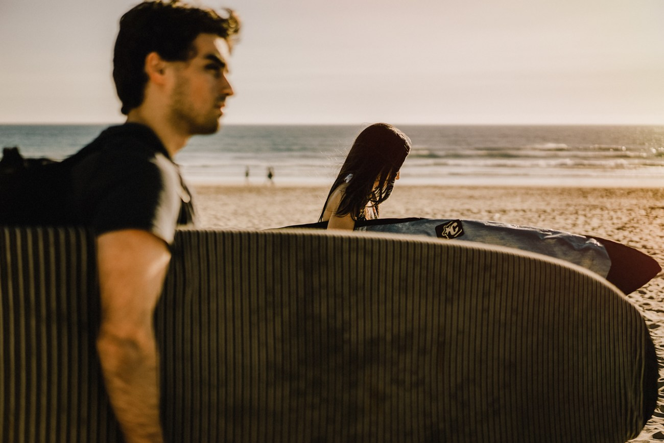 surf engagement photography beach portugal the framers - 00001