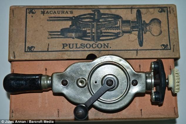 Dr. Macaura's Pulsocon Hand Crank (1890) Vibrator,
