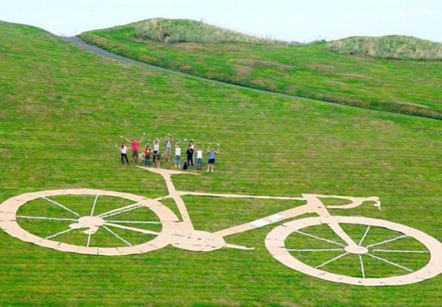 Vandals transform bike into giant rude image