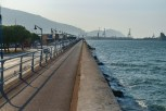 Een ernorm lange pier in de zeehaven van Getxo. A really long pier in the sea harbour of Getxo