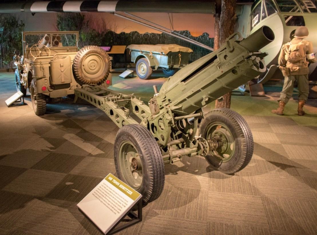 WW II M8 75 MM Howitzer