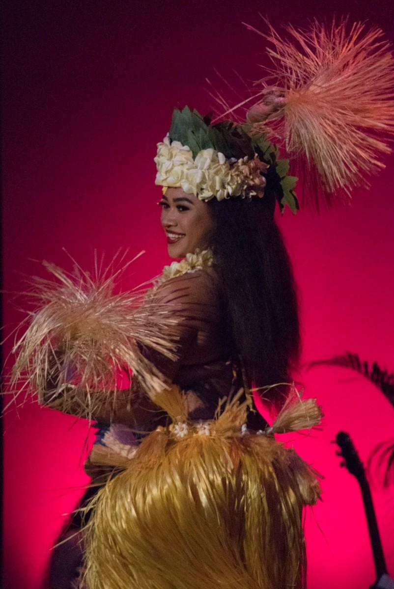 Royal Hawaiian Hotel Luau - Hula Dancer