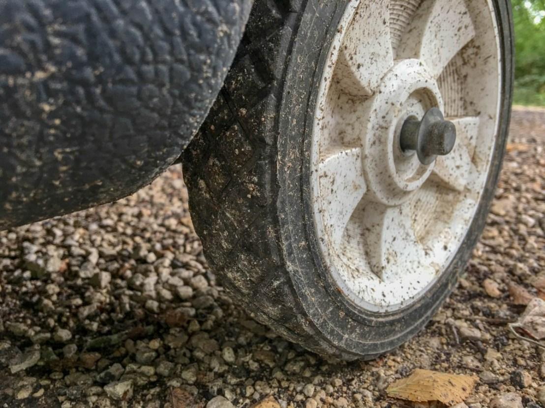 Portable RV Waste Water Tank Rear Wheels
