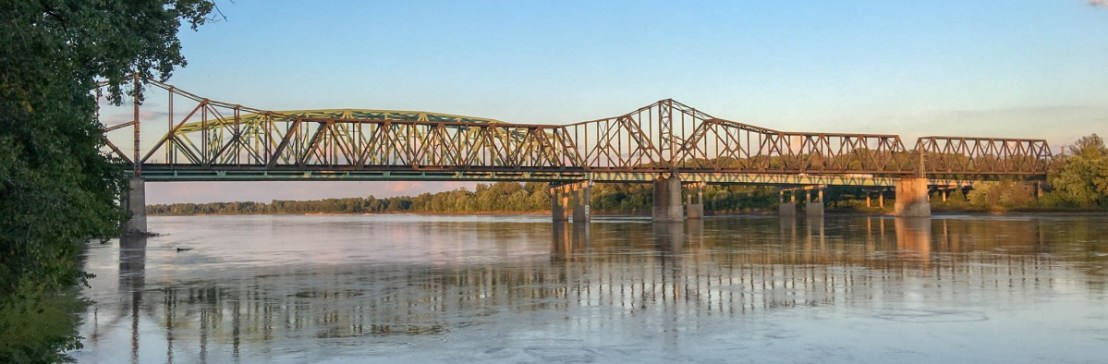 1936 Wabash Railroad Bridge Across The Missouri River At St. Charles Missouri