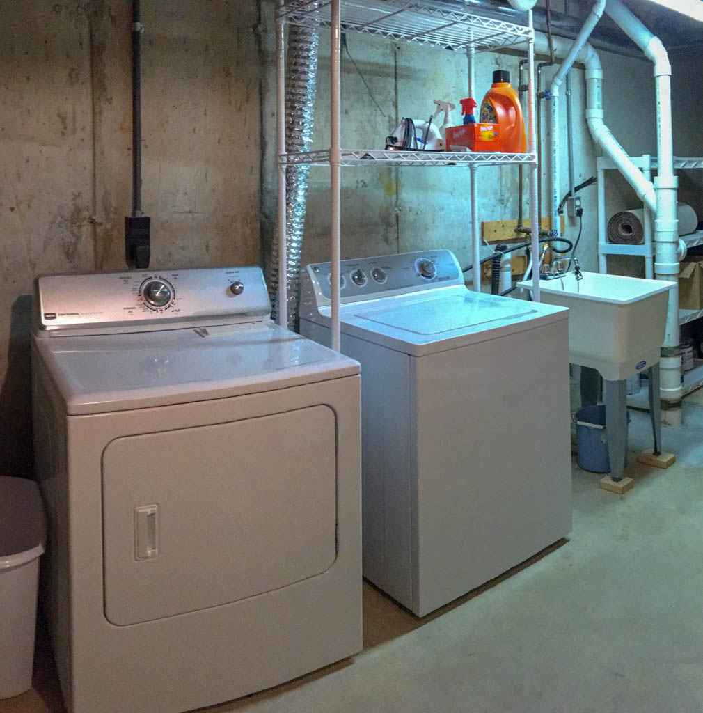 Seller To Leave Washer And Dryer
