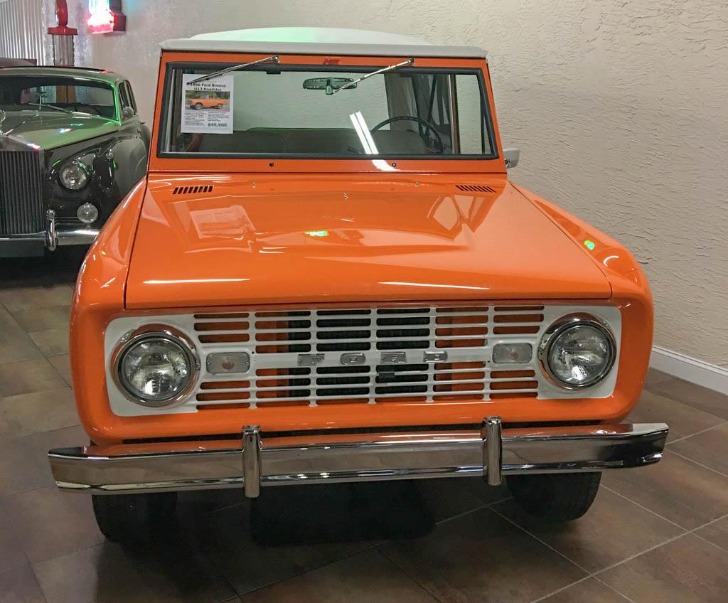 1966 Ford Bronco U13 Roadster