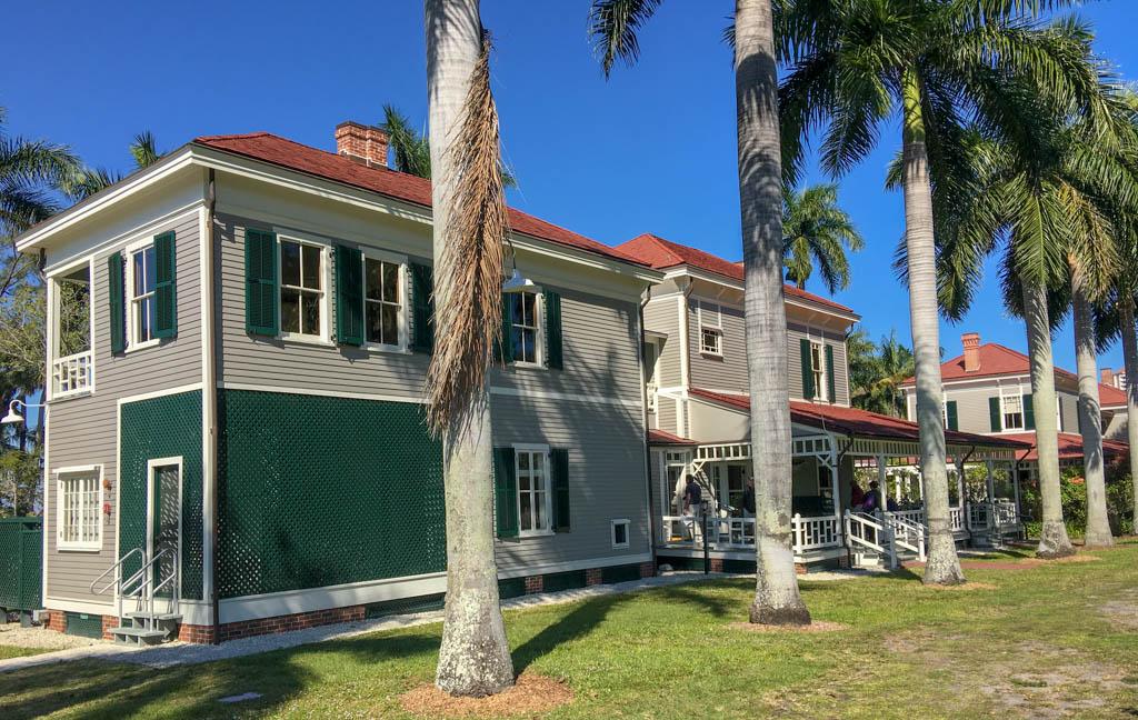 Edison Guest House