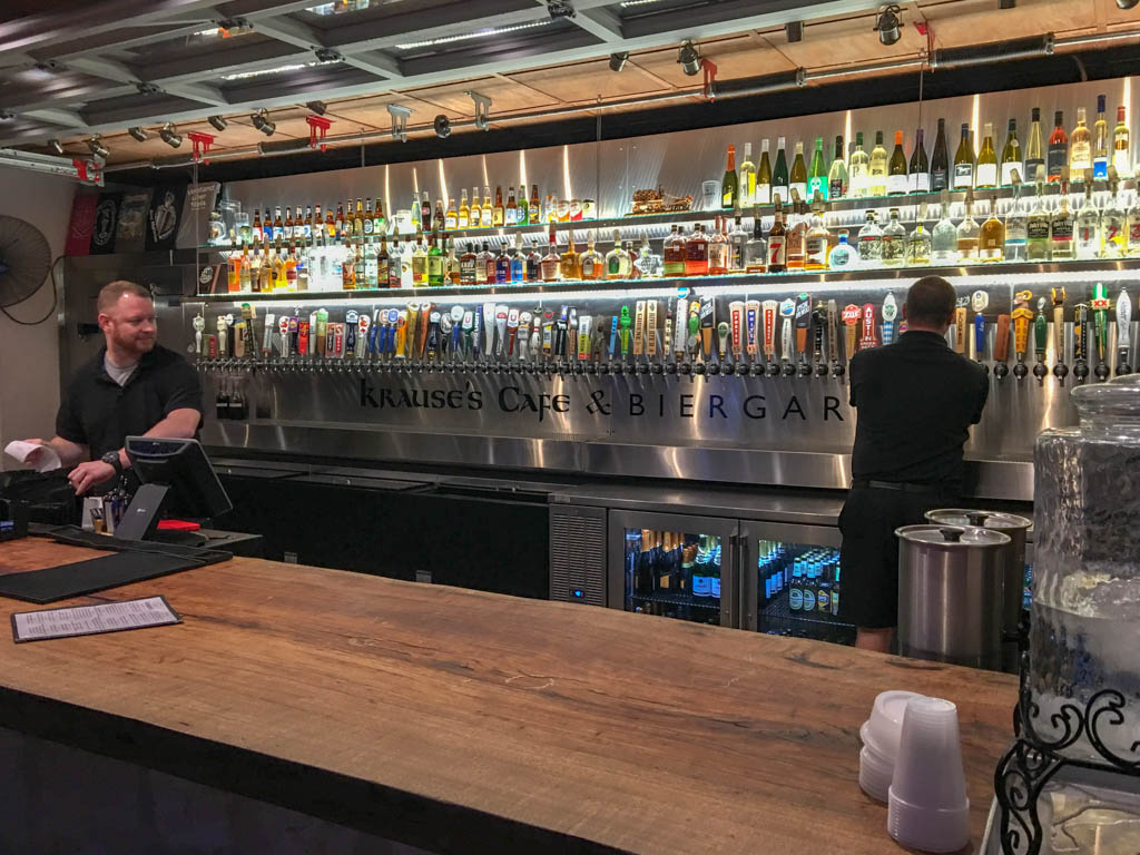 Krause's Cafe & Biergarten - Biergarten Bar