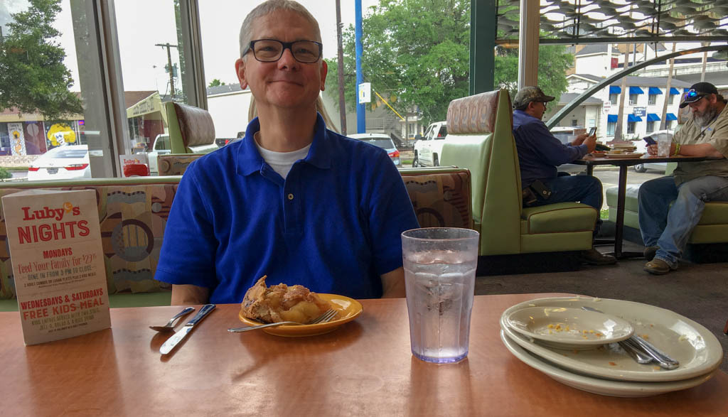 Luby's , Apple Pies And Smiles