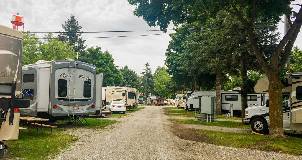 Full Park - Campsite At The End Of The Gravel Road