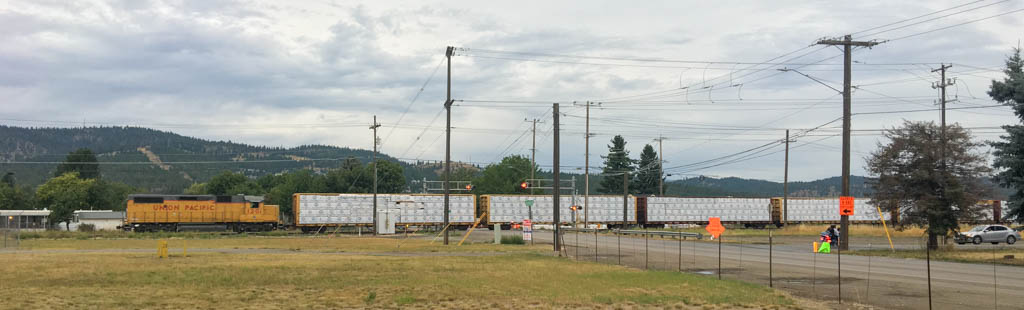 Train Crosses Barker Street
