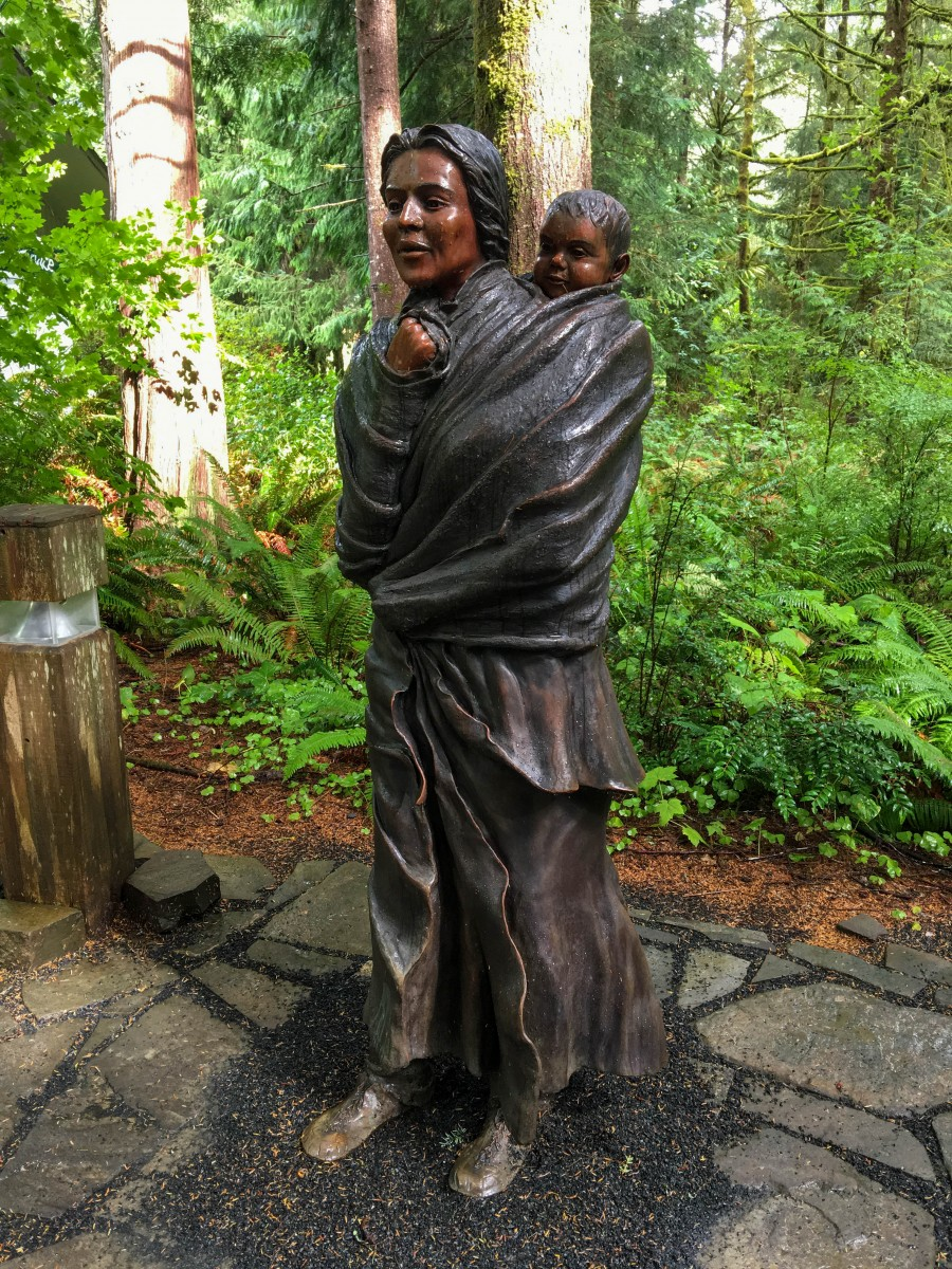 Sacajawea And Infant Son Jean Baptiste Statue