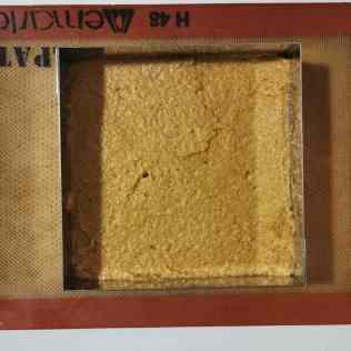 Biscuit coco cru prêt à cuire