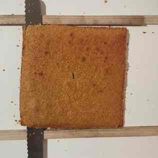 Découpe du biscuit coco à 5mm