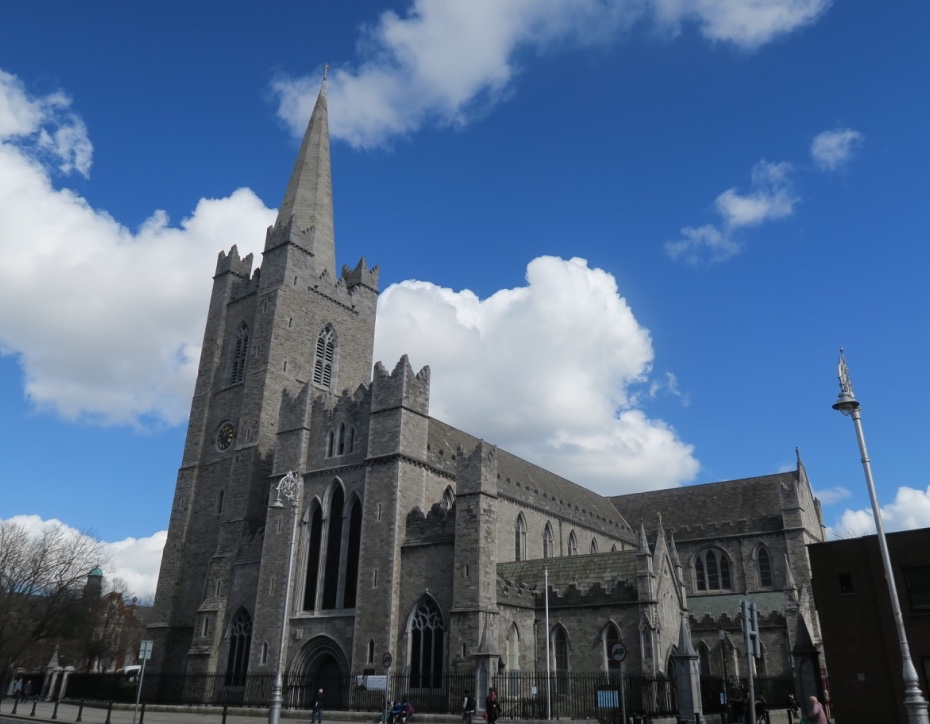 cattedrale-irlanda-the-frilly-diaries