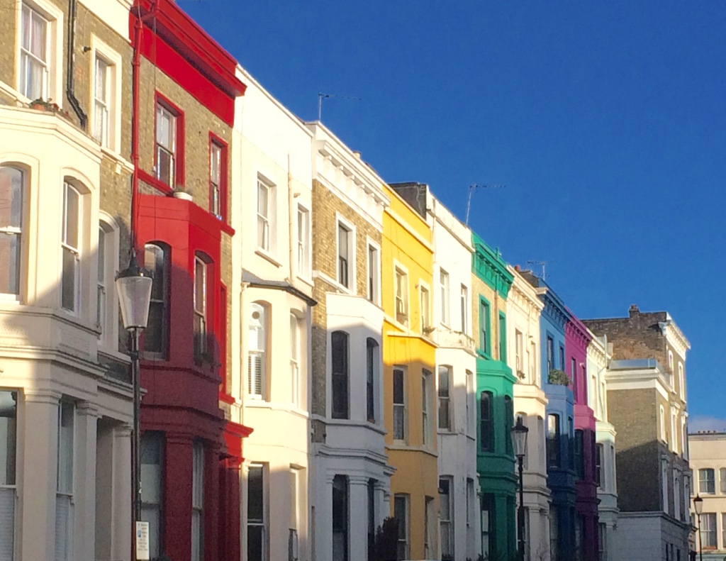 colourful spots in London - houses in Notting Hill