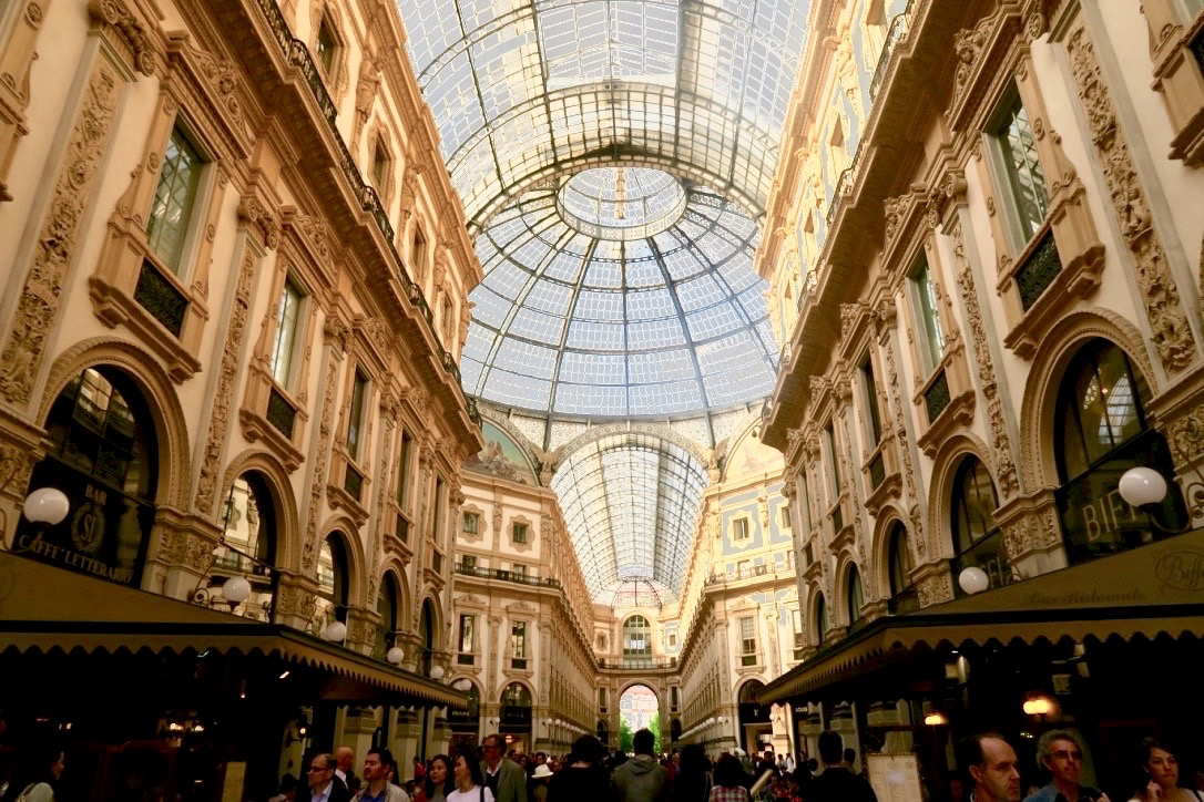 Vittorio Emanuele Gallery my beautiful Milan